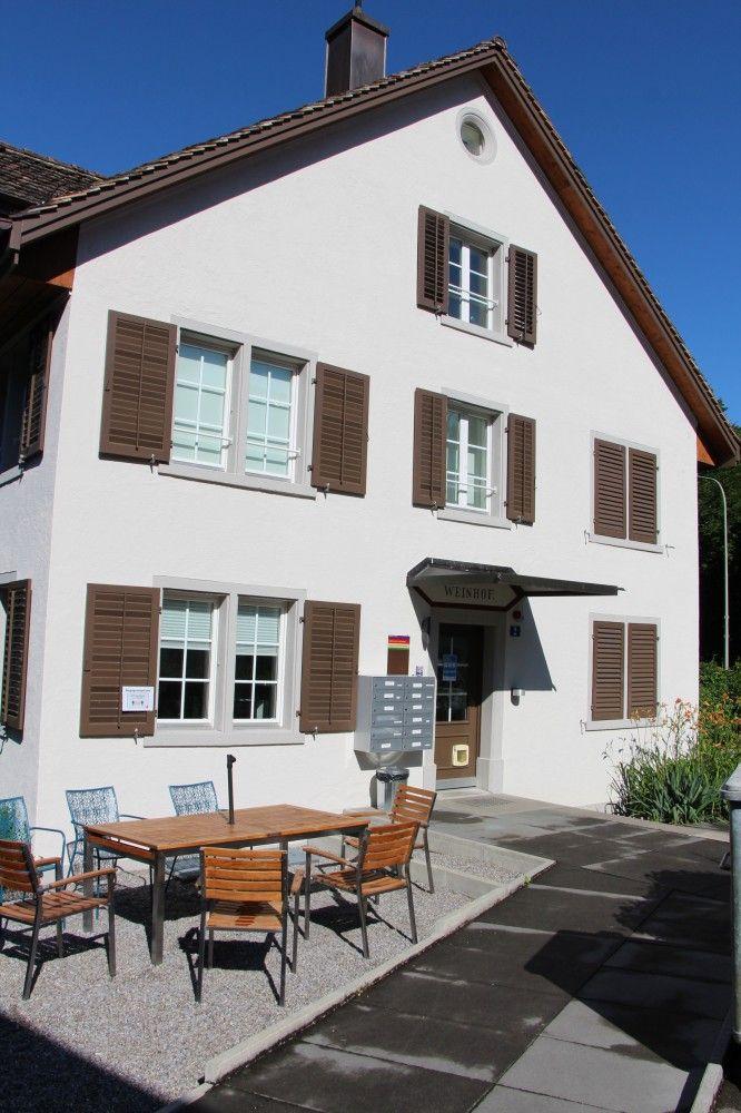 Eingangsbereich des Wohnhauses Weinhof der Martin Stiftung