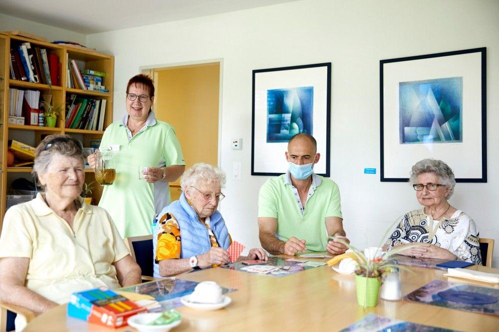 Immer wieder freie Plätze auf der Pflege - kontaktieren Sie uns!