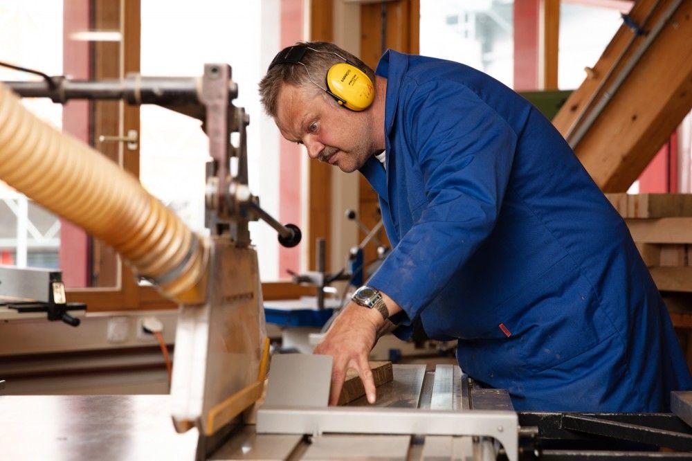 Mitarbeiter/in Holzmanufaktur 50-100%
