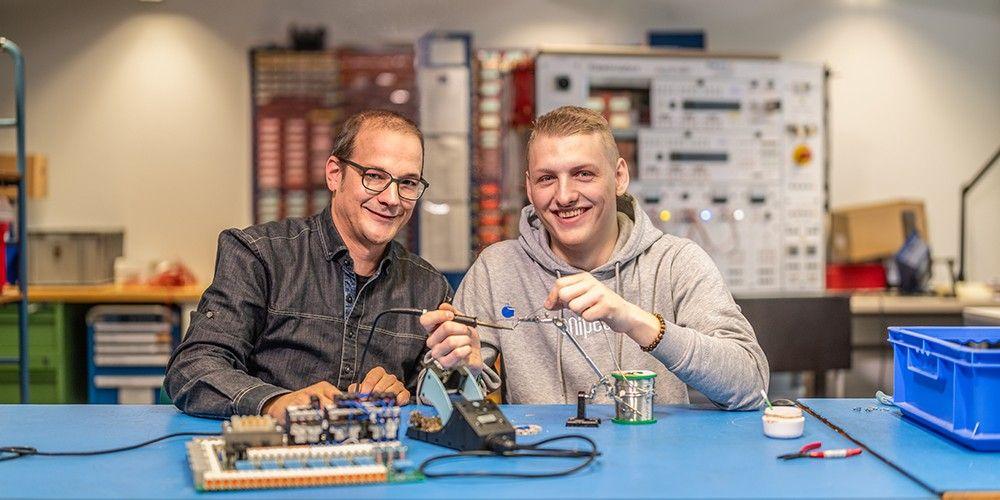 Elektronik und Elektromontage