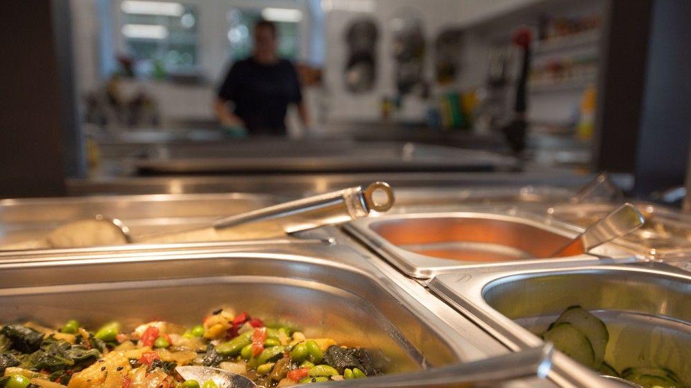 Hauswartung und Kochen