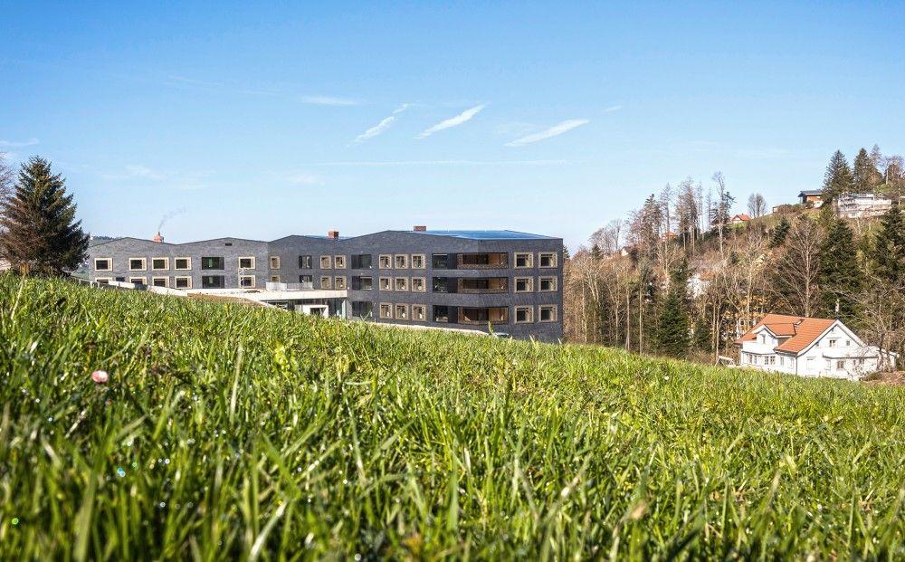 Stationärer Wohnplatz in Kombination mit Tagesstruktur ohne Lohn (ToL)