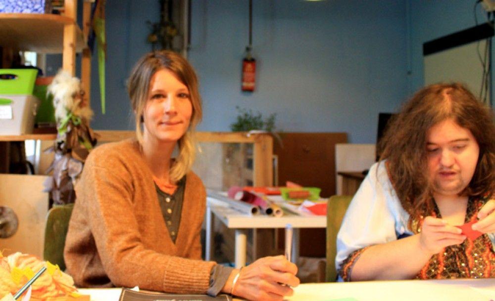 Sozialtherapeutische Gemeinschaft blau-rot
