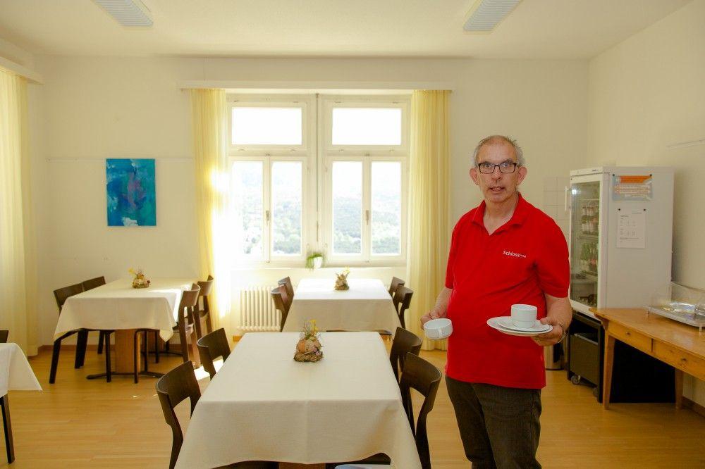 Frühschicht / Bereitstellung und Bewirtschaftung des Frühstücksbuffet