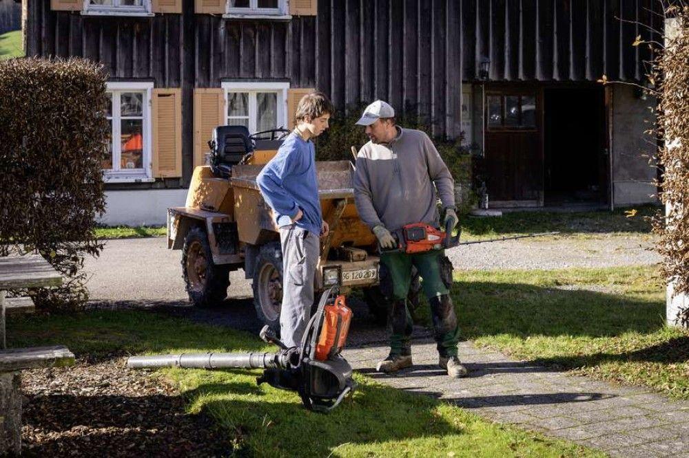 einen Mitarbeiter/eine Mitarbeiterin für Garten - Unterhalt (50-100%)